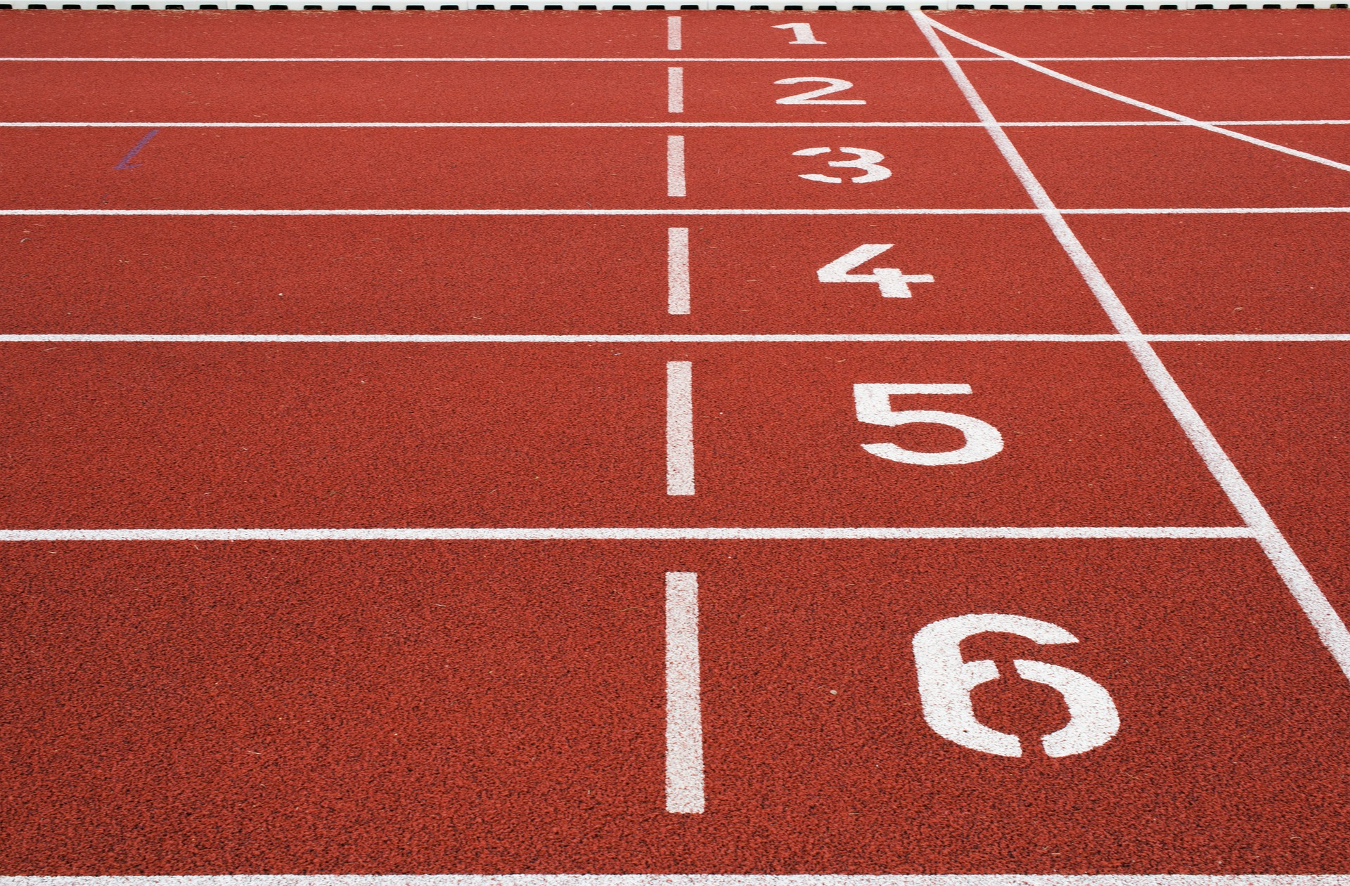 a track lane with numbers 1 to 6