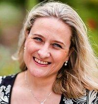 Dr Alexandra Loewe portrait